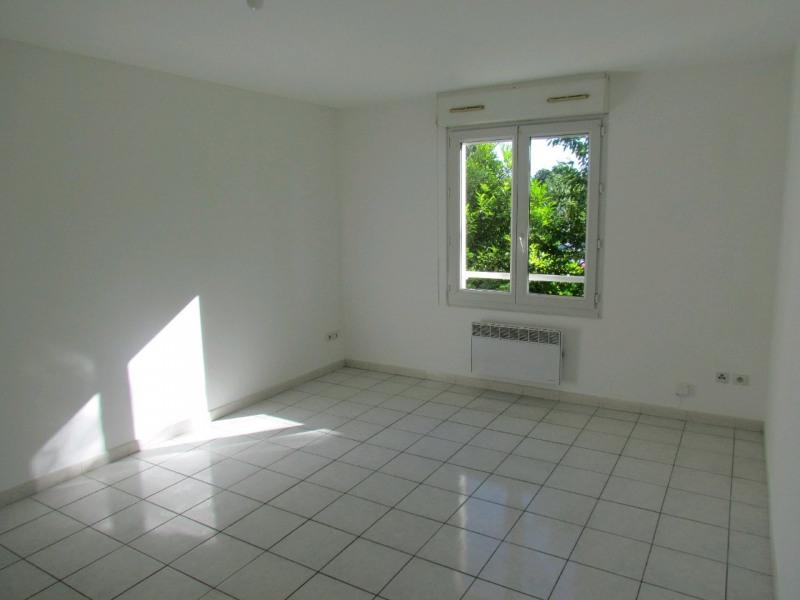 Rental apartment La queue en brie 599€ CC - Picture 1
