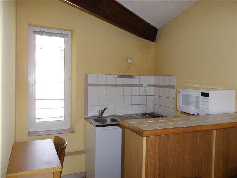 Location appartement 69100 440€ CC - Photo 3