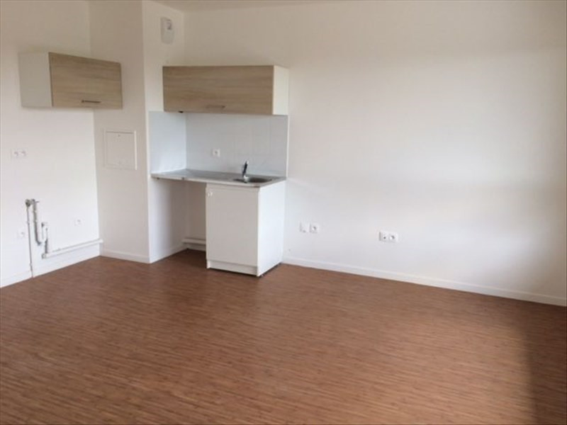 Location appartement Evry 650€ CC - Photo 2