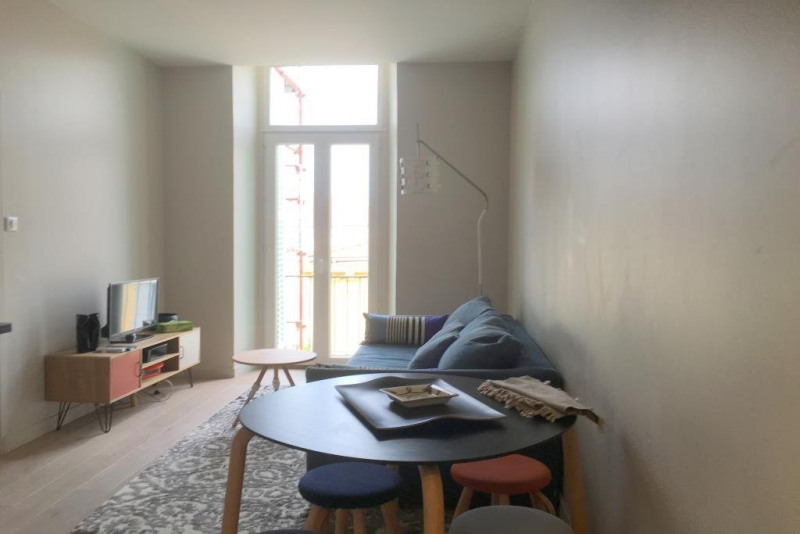Location appartement Nice 1 000€ CC - Photo 2