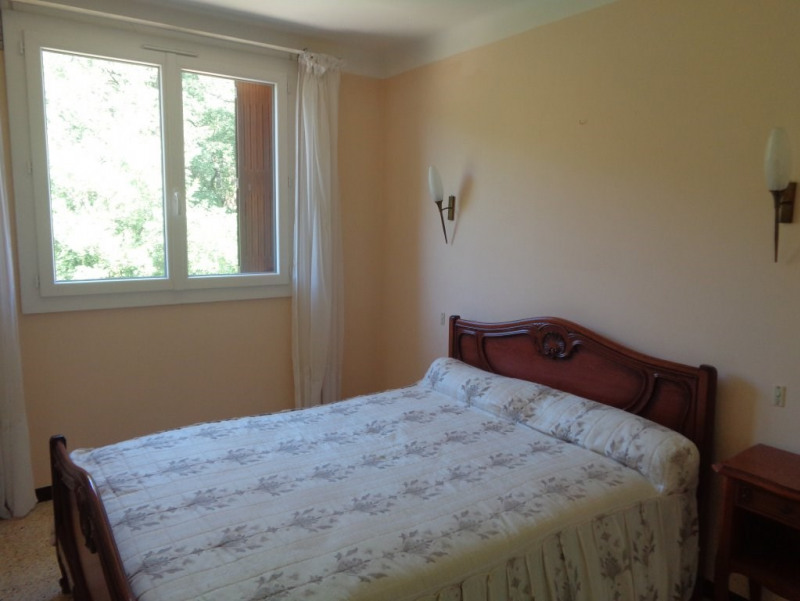 Sale apartment Salernes 117100€ - Picture 11