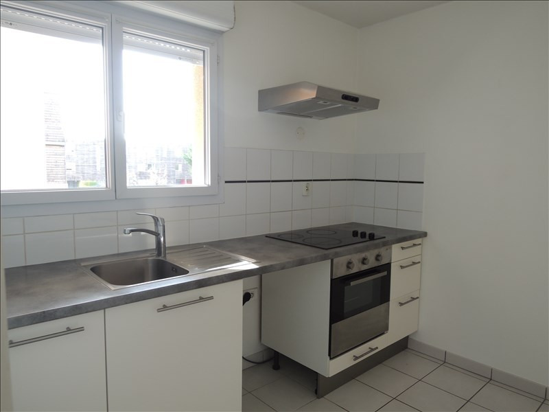 Location appartement Poitiers 530€ CC - Photo 3