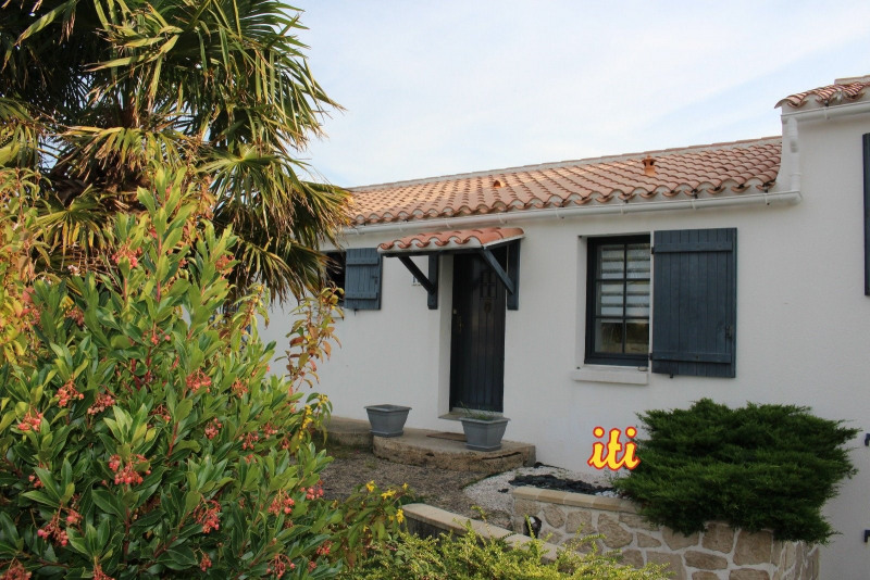 Sale house / villa Chateau d olonne 301 000€ - Picture 1