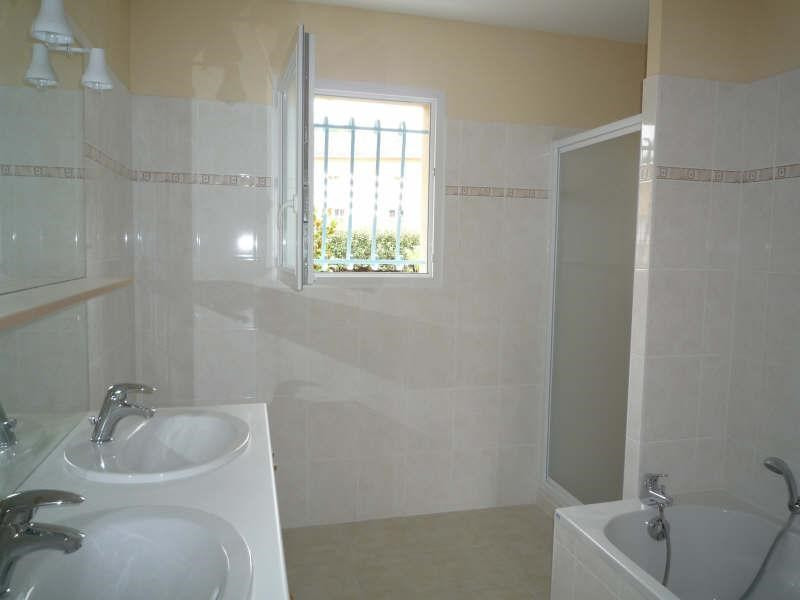 Location maison / villa Vivonne 700€ CC - Photo 5