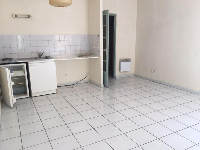 Location appartement Salon de provence 428€ CC - Photo 4