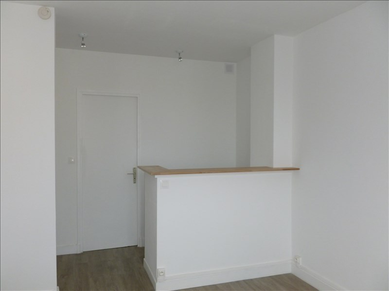 Alquiler  apartamento Louveciennes 450€ CC - Fotografía 1