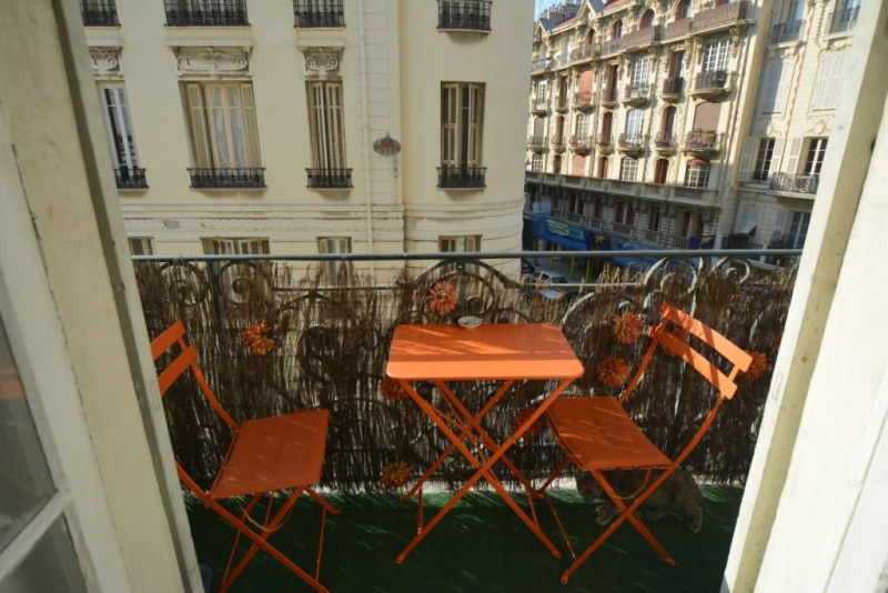 Sale apartment Nice 428 000€ - Picture 3