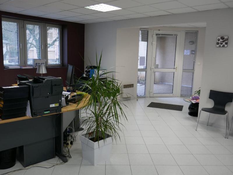 Rental shop Nantua 685€ CC - Picture 1