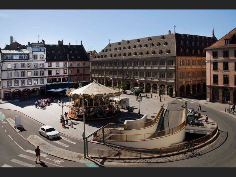 Location local commercial Strasbourg 2500€ CC - Photo 1