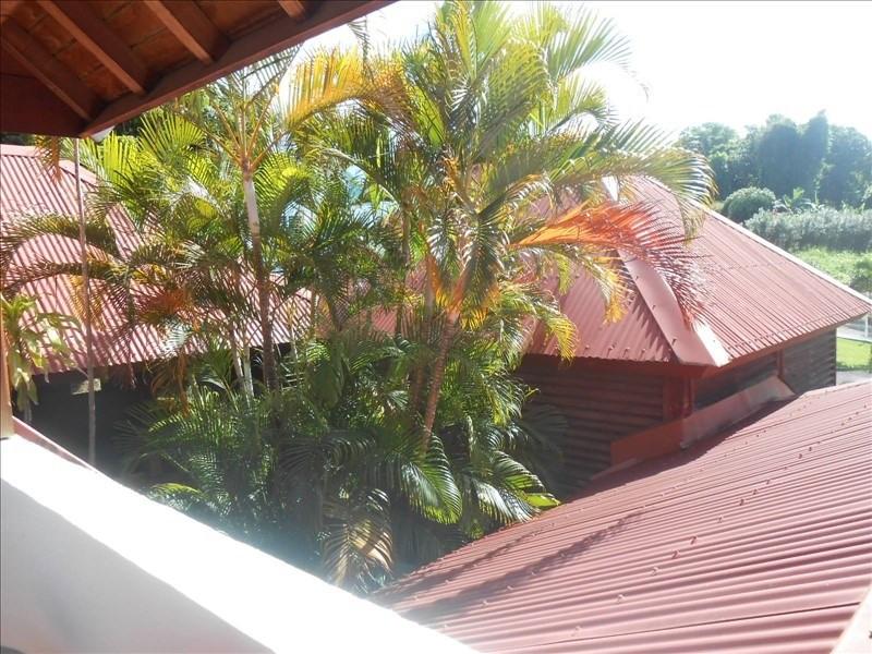 Sale house / villa St claude 397000€ - Picture 9