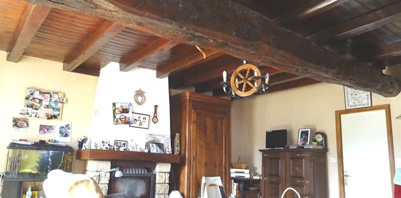 Sale house / villa Le poiré-sur-velluire 230000€ - Picture 7