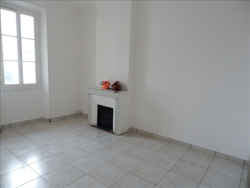 Location appartement Toulon 490€ CC - Photo 1