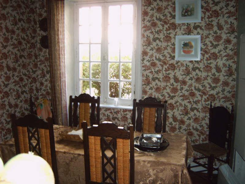Sale house / villa Pont croix 53500€ - Picture 3
