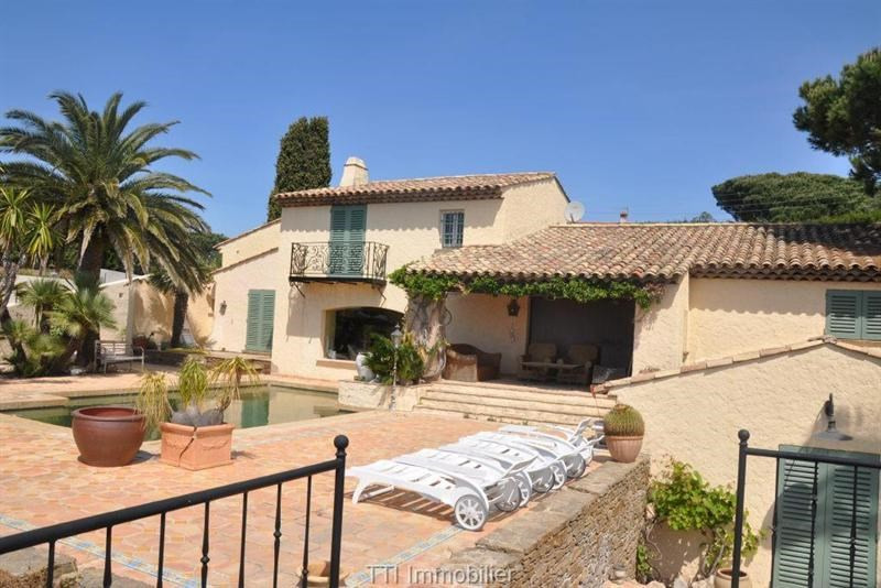 Deluxe sale house / villa Sainte maxime 2450000€ - Picture 2