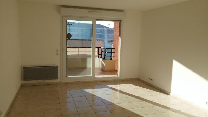 Location appartement Nice 935€ CC - Photo 2