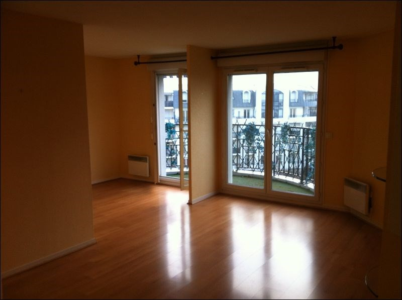 Rental apartment Viry chatillon 885€ CC - Picture 3