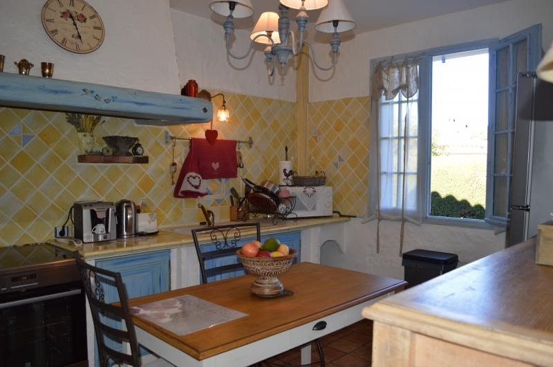 Vente maison / villa Roquebrune sur argens 379500€ - Photo 5