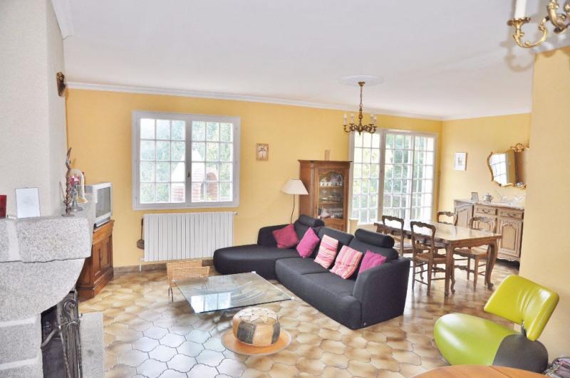 Sale house / villa Laval 166700€ - Picture 2