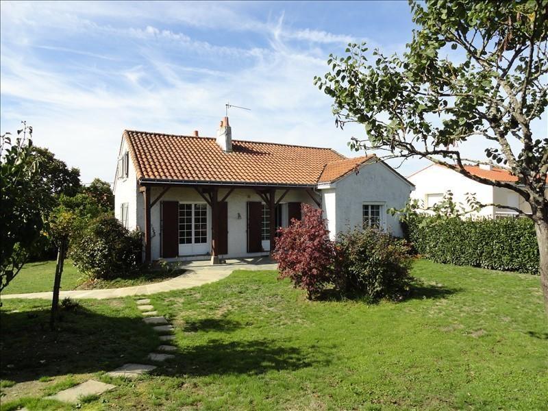 Sale house / villa Clisson 295900€ - Picture 1