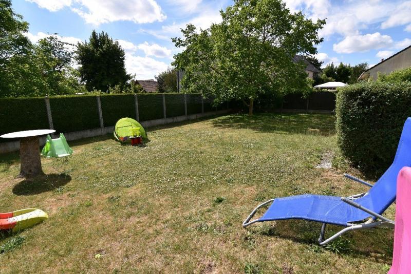 Sale house / villa Neuilly en thelle 254000€ - Picture 3