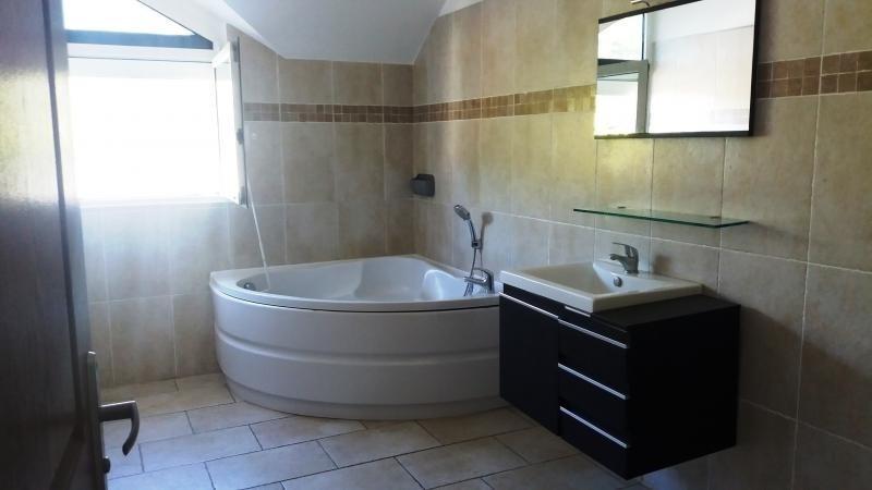 Sale house / villa La bretagne 325000€ - Picture 3