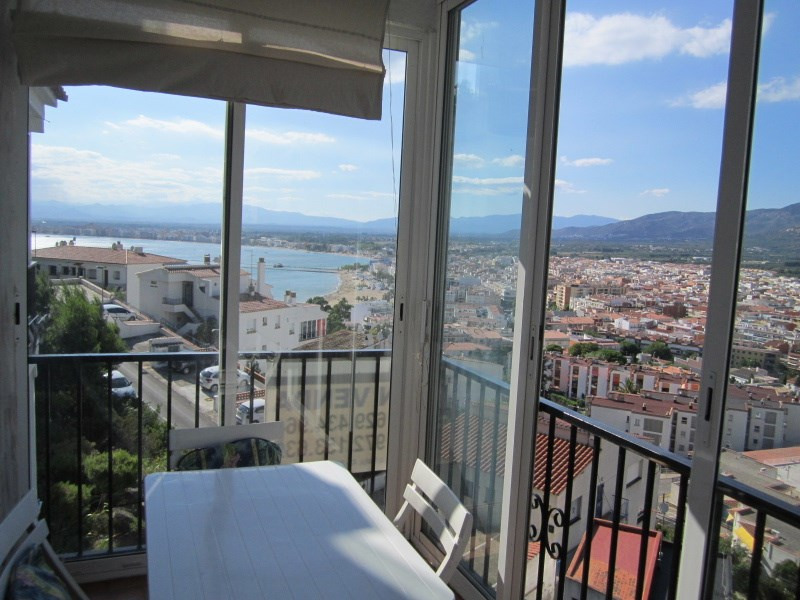 Sale apartment Roses 130 000€ - Picture 2