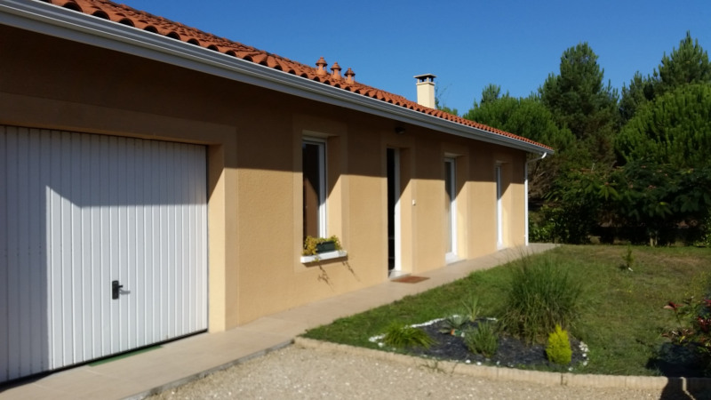 Vacation rental house / villa Bias 1 230€ - Picture 1
