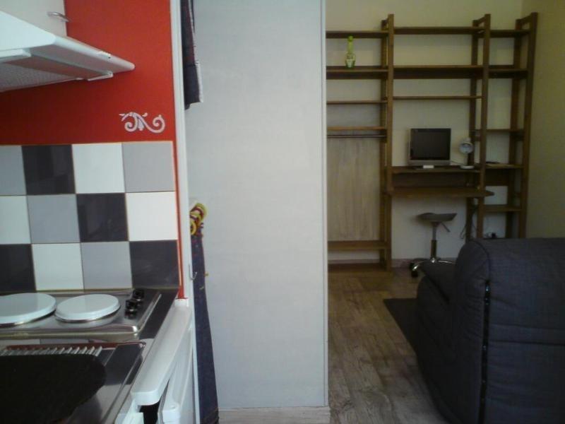 Location appartement Lyon 3ème 390€ CC - Photo 2