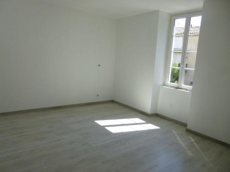 Rental apartment Entraigues sur la sorgue 648€ CC - Picture 7