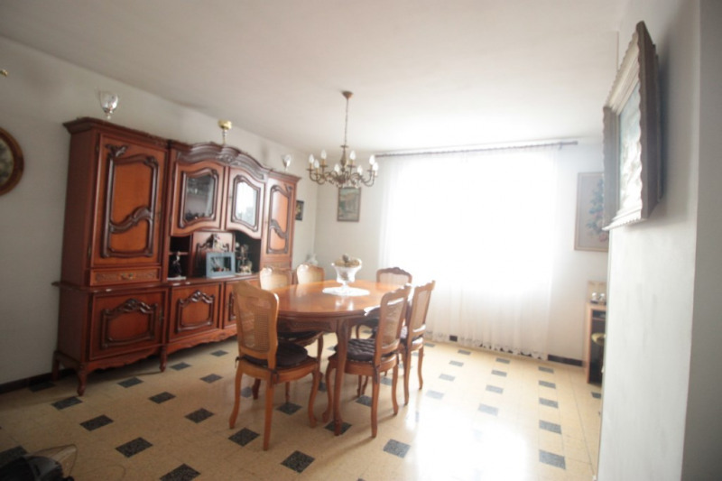 Sale apartment Marseille 82 000€ - Picture 2