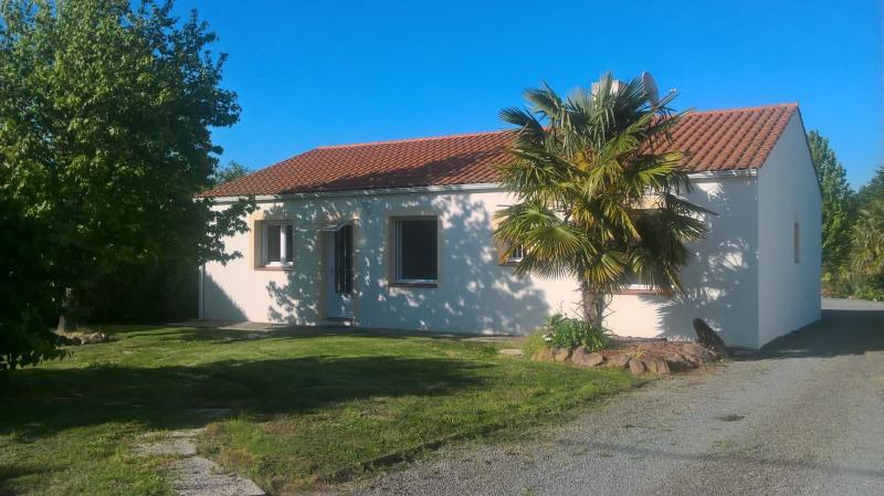 Sale house / villa La garnache 187200€ - Picture 1