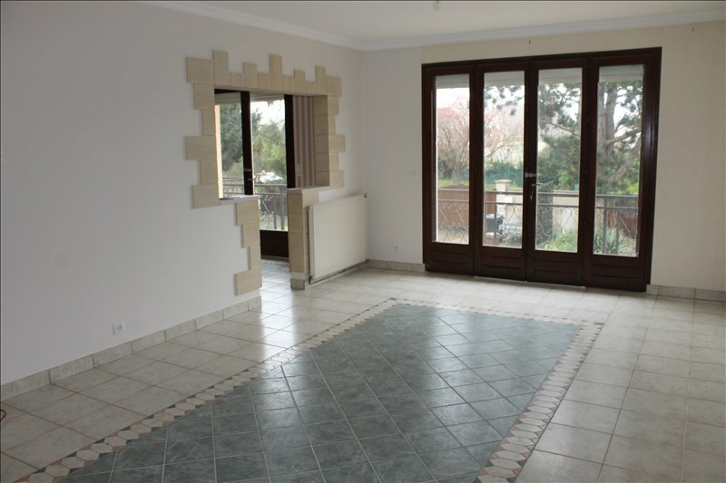 Rental apartment Osny 1 040€ CC - Picture 3