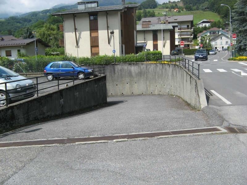 Location parking Sallanches 66€ CC - Photo 2