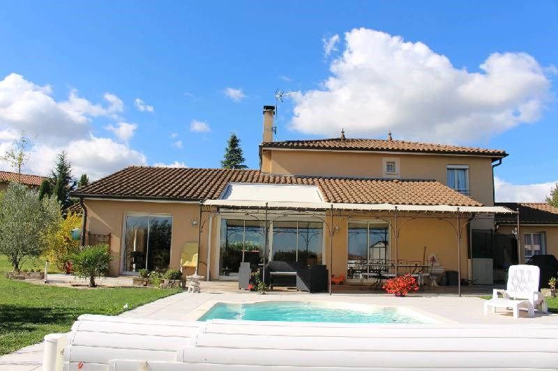 Deluxe sale house / villa Charly 820 000€ - Picture 2