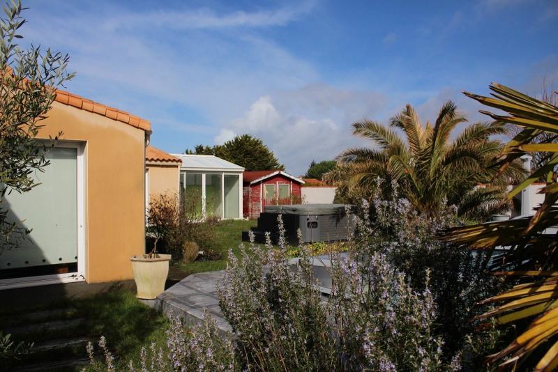 Sale house / villa Chateau d olonne 499000€ - Picture 3