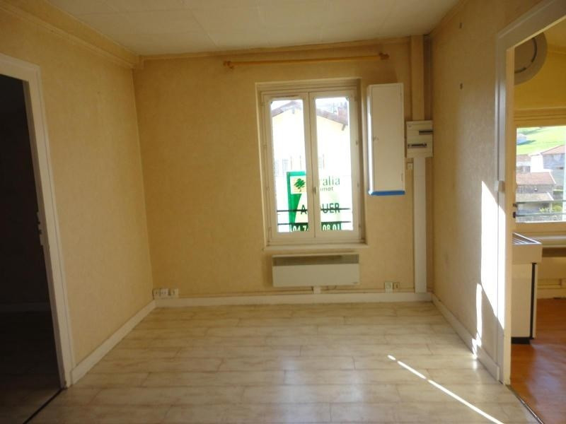 Location appartement Ste foy l'argentiere 334€ CC - Photo 3