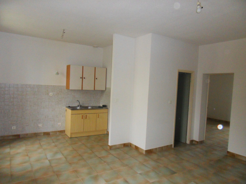 Rental apartment Sorgues 450€ CC - Picture 3
