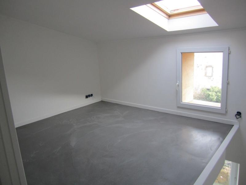 Sale house / villa Vals pres le puy 78800€ - Picture 3