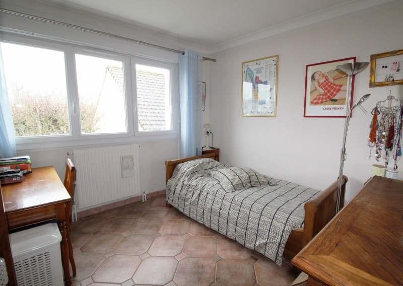 Sale house / villa Elancourt 400000€ - Picture 5