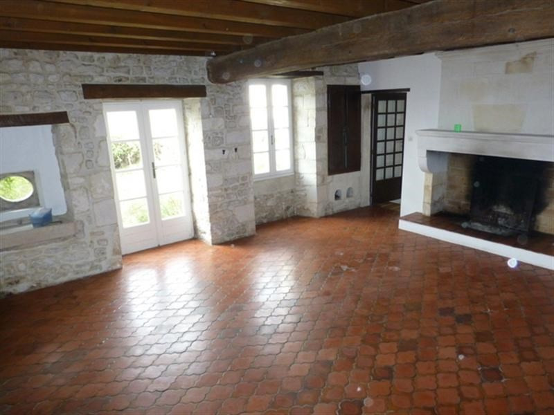 Sale house / villa Saint-jean-d'angély 147 700€ - Picture 4