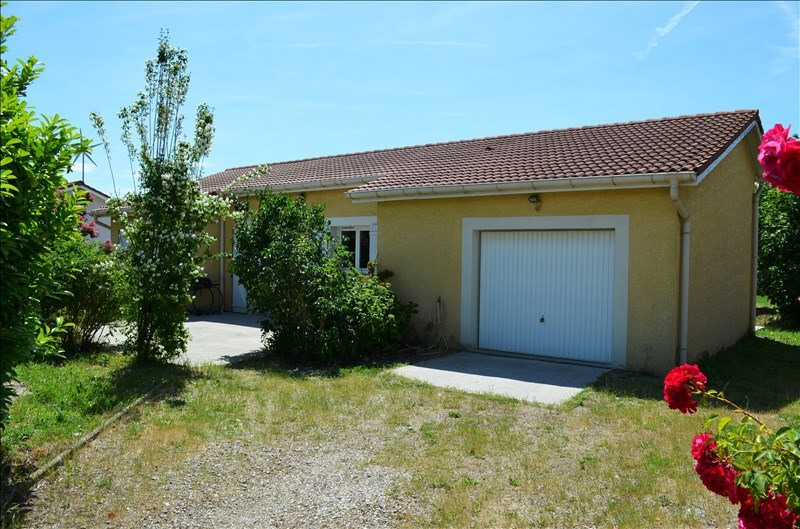 Sale house / villa Lapeyrouse mornay 154 000€ - Picture 2