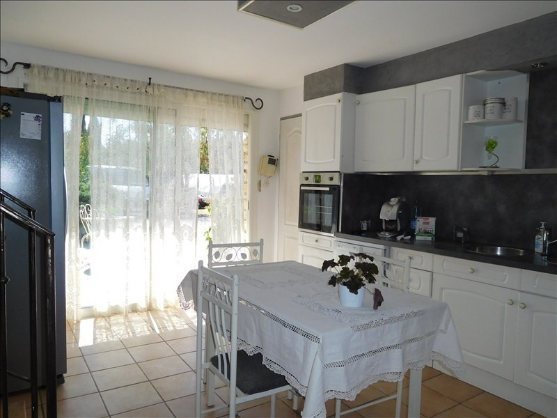 Vente maison / villa Carpentras 381600€ - Photo 8
