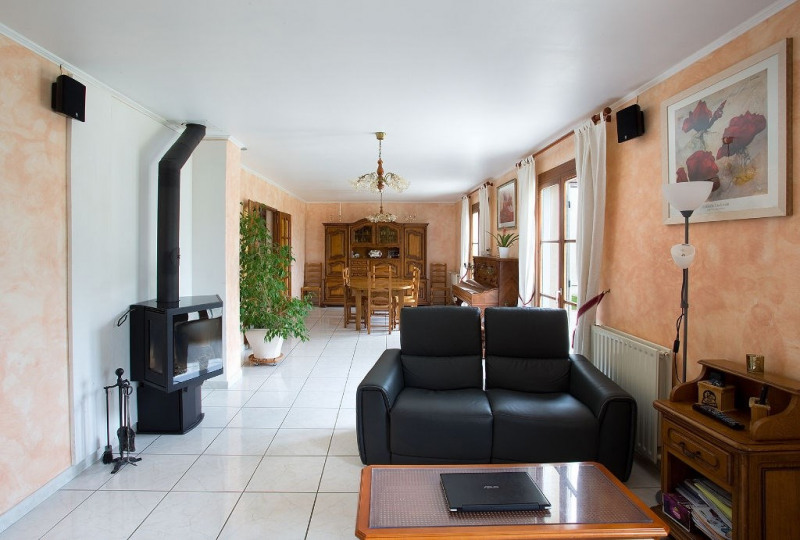 Sale house / villa Le mont saint adrien 310 000€ - Picture 3