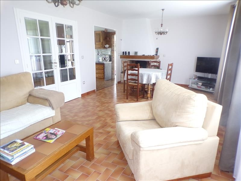 Sale house / villa Crecy la chapelle 364000€ - Picture 2