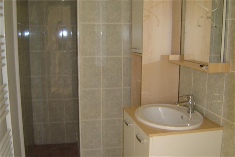 Rental apartment Saint-jean-d'angély 450€ CC - Picture 3