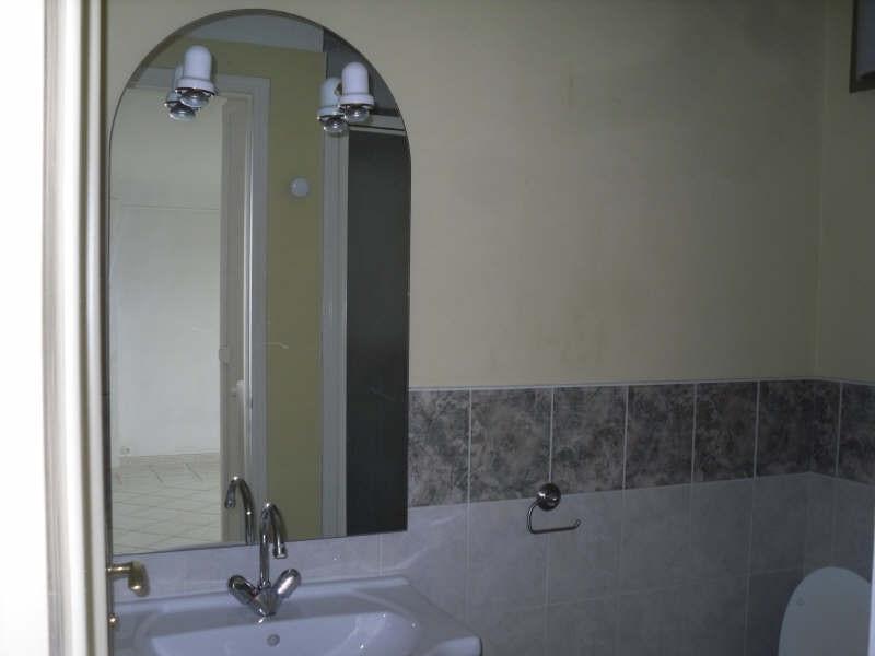 Affitto appartamento Nimes 385€ CC - Fotografia 9