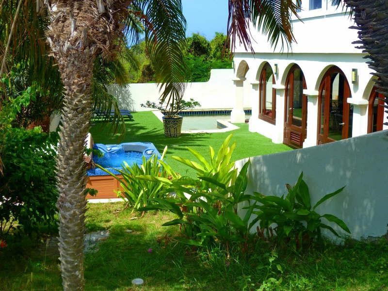Deluxe sale house / villa St martin 740000€ - Picture 1