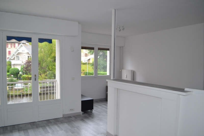 Location appartement Chambery 590€ CC - Photo 1