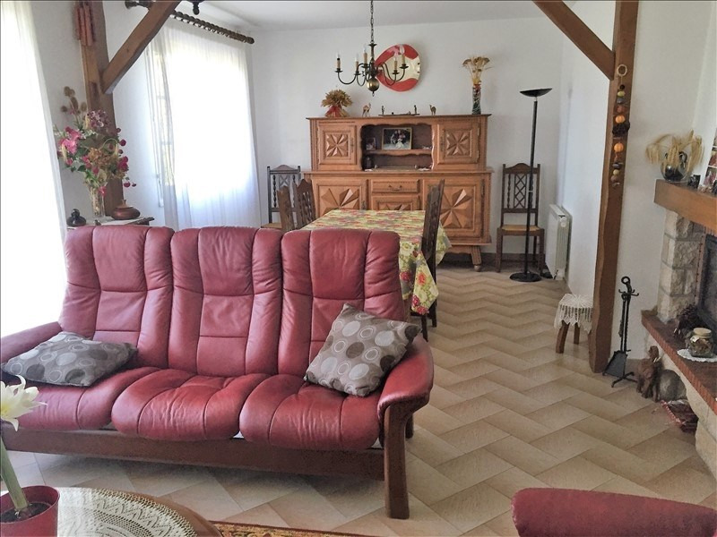 Sale house / villa Avrille 229 800€ - Picture 9
