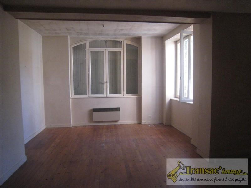 Sale house / villa Puy guillaume 160000€ - Picture 5